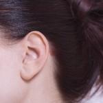 耳横の白ニキビを治す効果的な方法は?